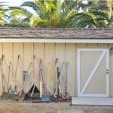 Warum Sie einen Geräteschuppen im Garten installieren sollten